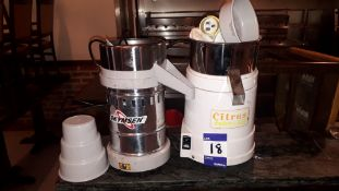 Waring 31JC32 Citrus Juicer 110v & Skymsen ESB Juicer (US mains plug) Assemblies