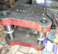 Bracket Form Press Tool