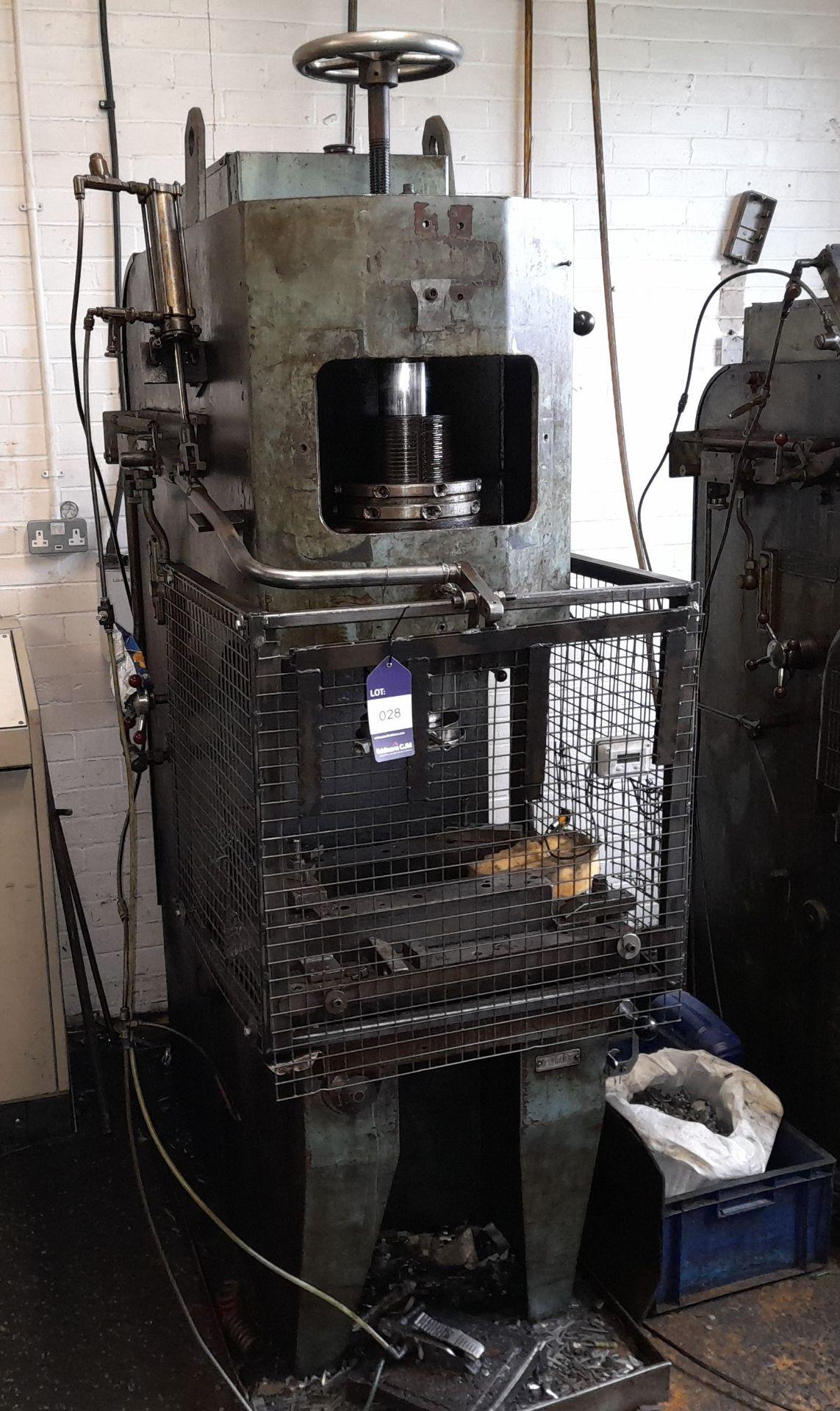 Norton Hydraulic Down Stroking Press, S/n B188403