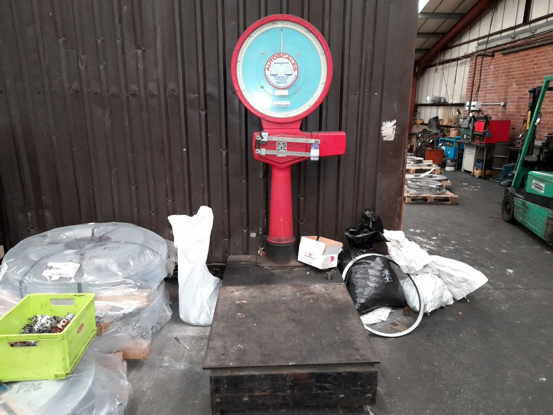 Auto Scales Floor Standing Analogue Scale, 1500 KG