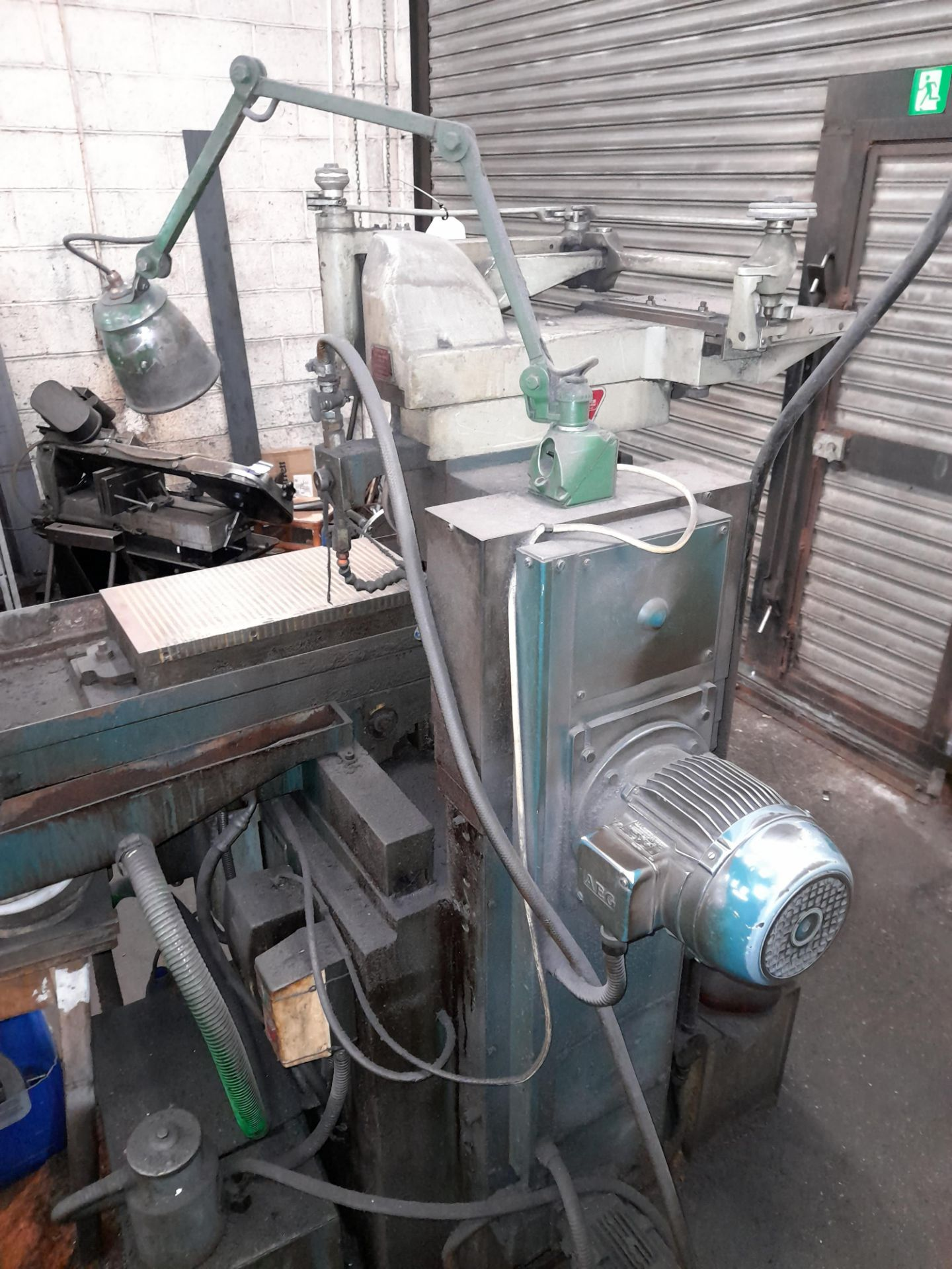 Elliott 1018 Surface Grinder with Magnetic work piece table, S/n 2814/5/2 - Image 4 of 7