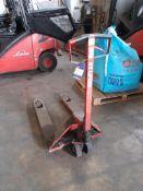 BT Lifter wide pallet truck