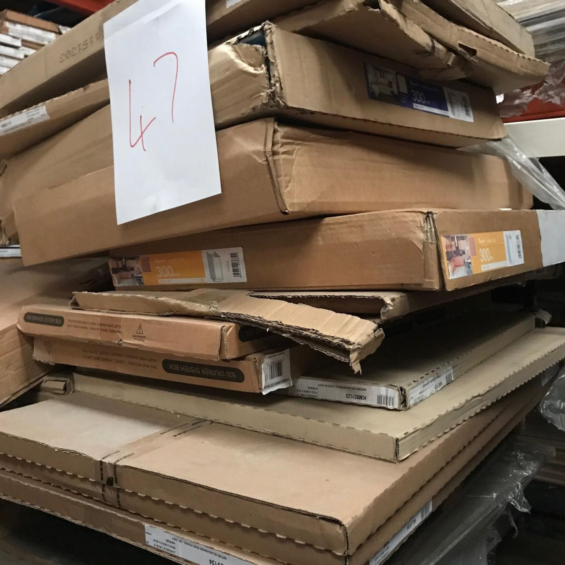 Kitchen Units and Doors (Pallet 47) (viewing and collection from Unit B, Scotch Park Trading Estate,