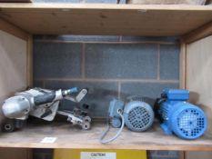 A straight edge burner s/r and 2x motors