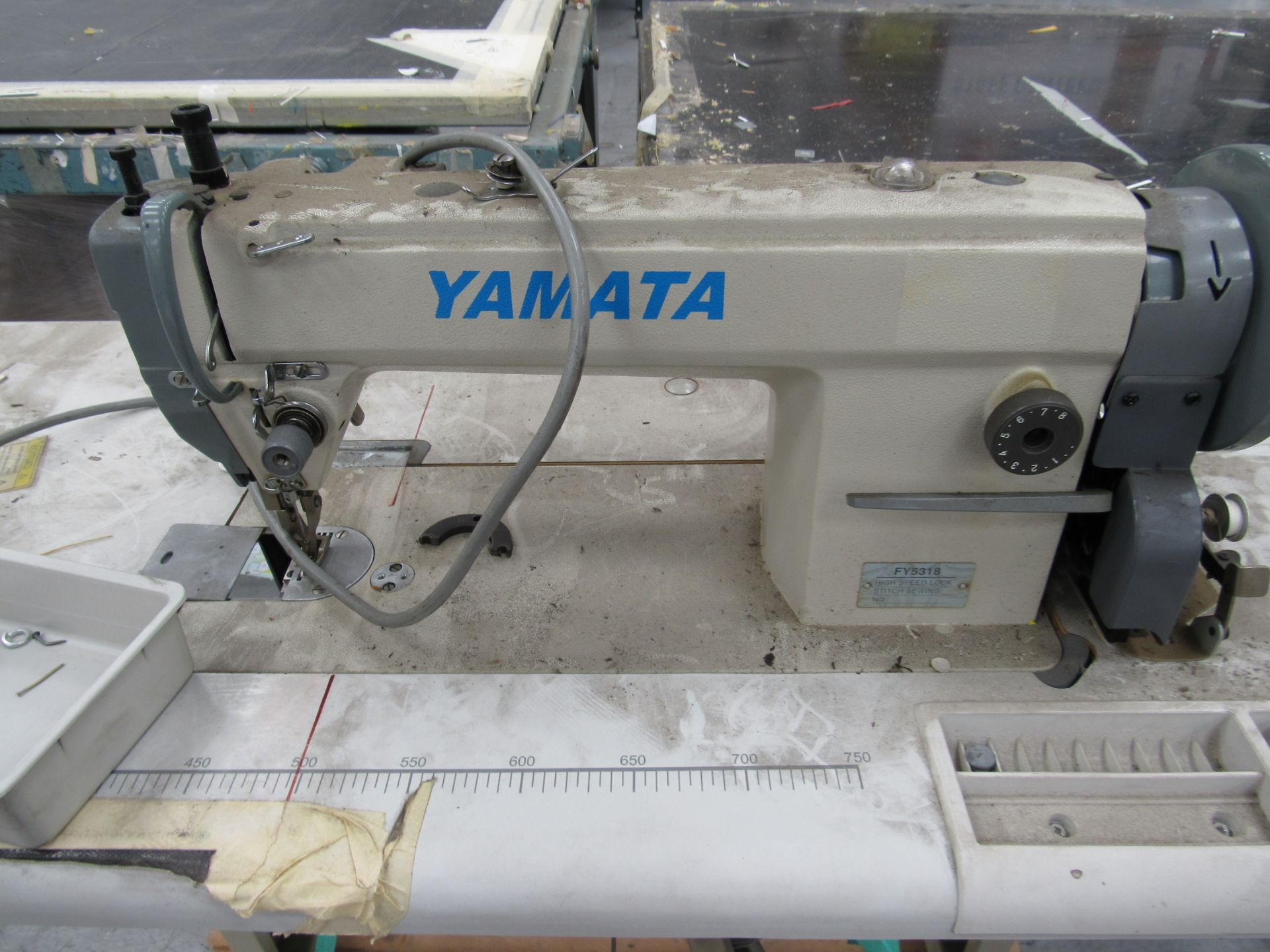 Yamata FY5318 High Speed Lock Stitch Sewing Machine - Image 3 of 4