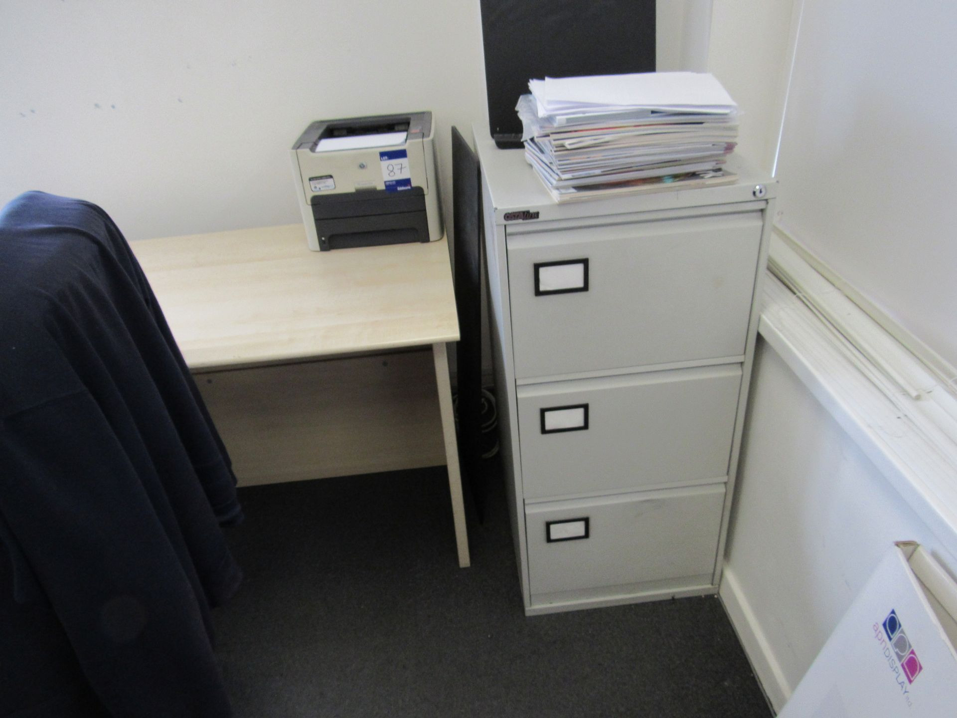 Single person multi-sectional workstation with leather effect operators chair, 4 drawer mobile - Image 4 of 4