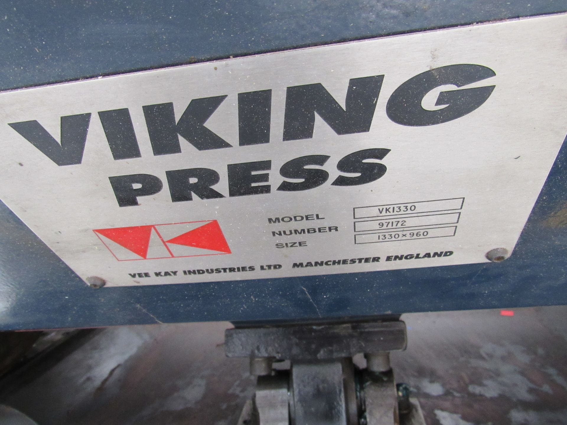 Viking Press VK1330 Cut and Crease Platen 1330 x 960mm Serial Number 97172 - Image 6 of 9