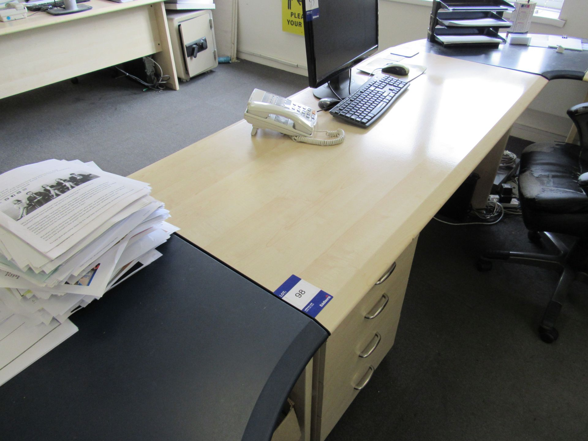 Single person multi-sectional workstation with leather effect operators chair, 4 drawer mobile - Image 3 of 4