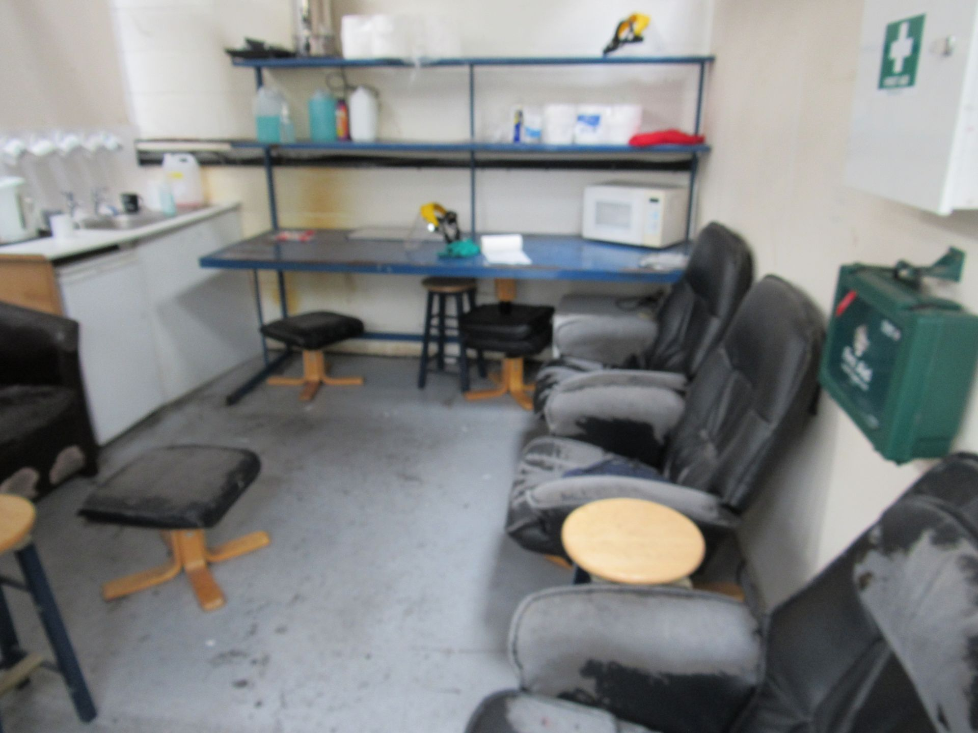 Contents to Canteen area (sink not included) - Image 2 of 3
