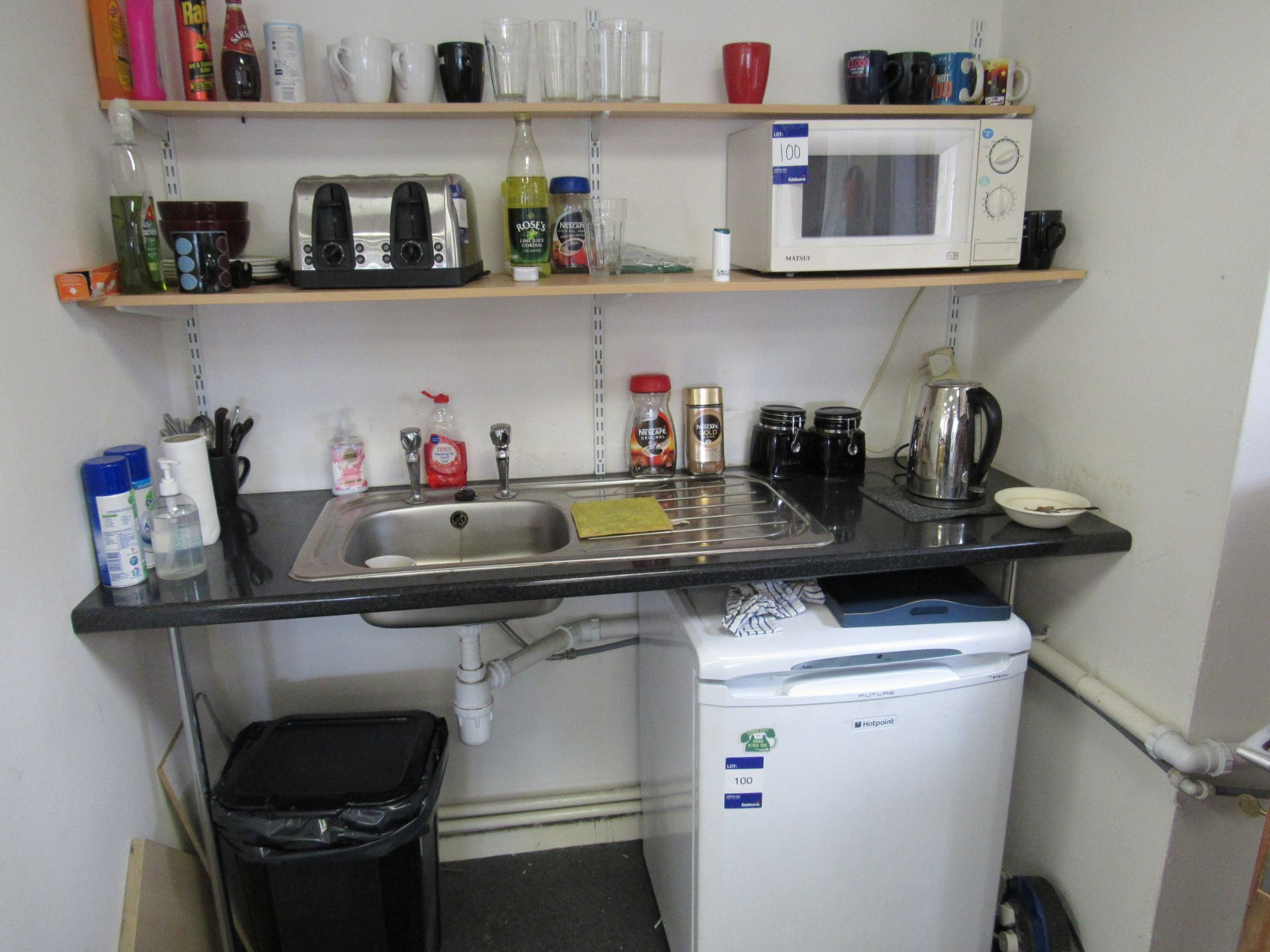 Assortment of kitchen sundries to first floor office, to include Hotpoint future undercounter - Image 2 of 2