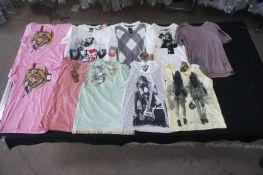 10 x Various designer T-shirts / vests, XL