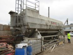 Utranazz SPF 28DE low level transportable cement silo, 28m³, with electronic weigh batching, s/n