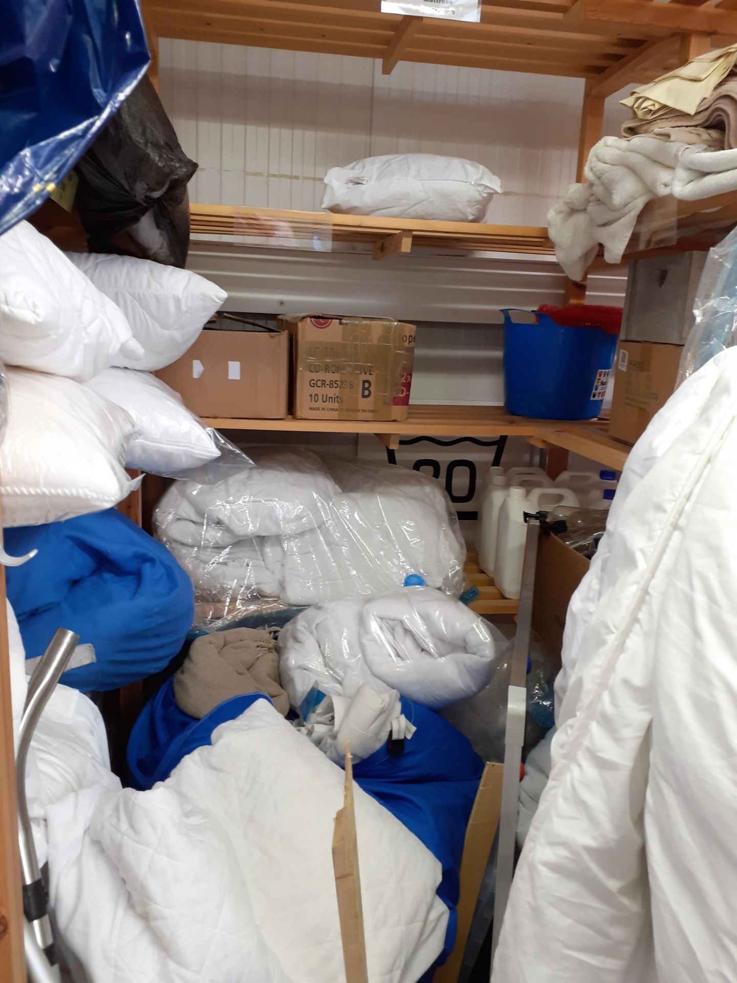 Quantity of Bedding to timber shelving - Image 3 of 4