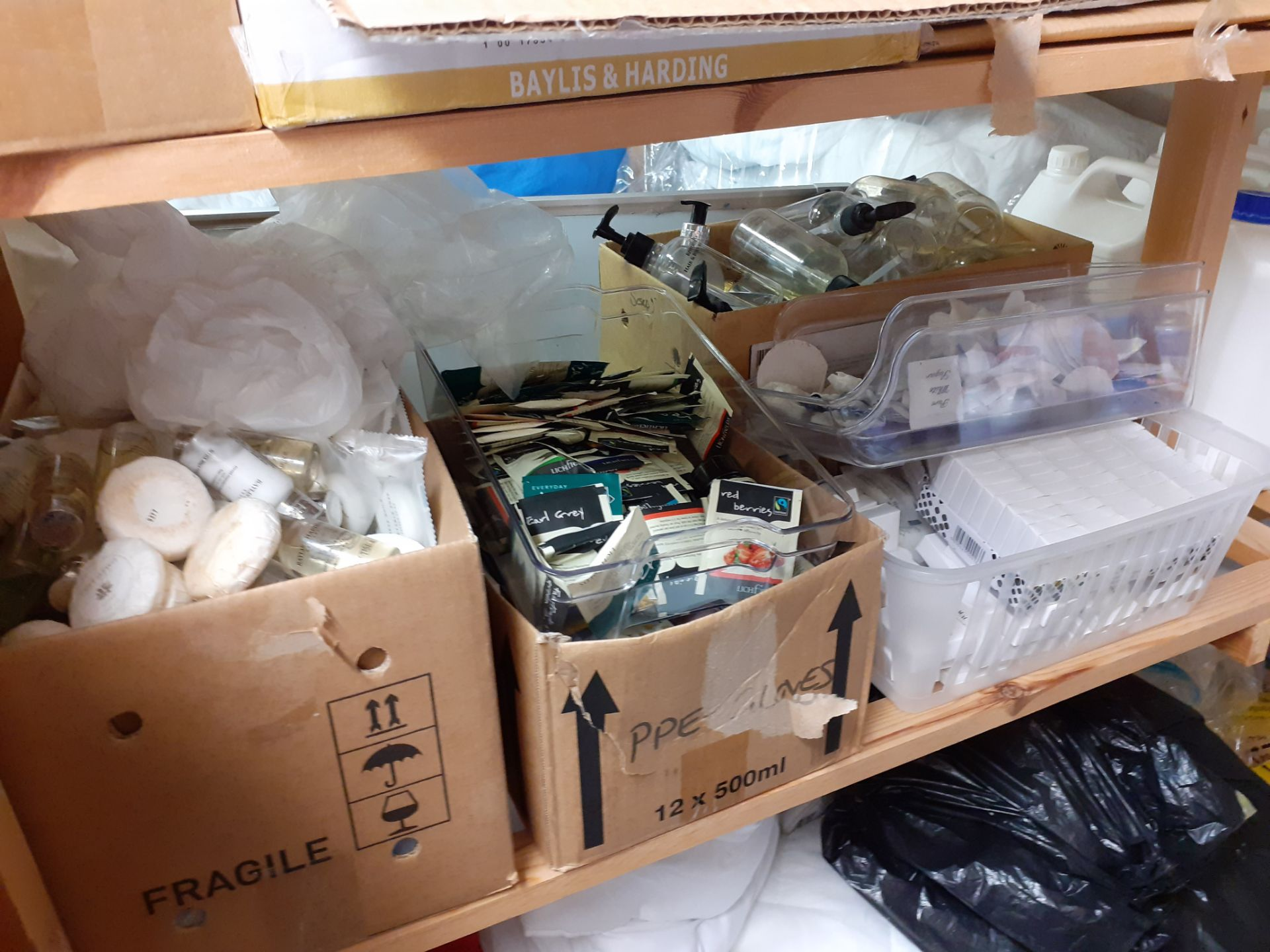 Large Quantity of Cleaning Consumables to timber s - Image 5 of 5