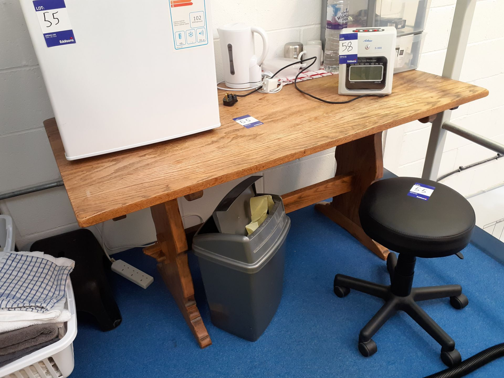 Oak Dining Table, Panama Table Top Refrigeration a - Image 2 of 2