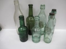 7x Grimsby Wellow Brewery (5) and F.Coleman (2) bottles (2x coloured and 2x matching stoppers)