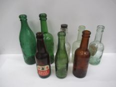 9x Grimsby Hewitt Bros bottles (6x coloured)
