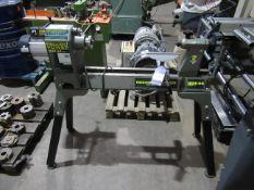 Record Power 1624-44 Nova Frame Mounted Wood Turning Lathe