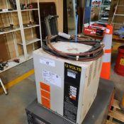 LTD 12V Battery Charger, mod: FERR0510-6C (specs. via photo)