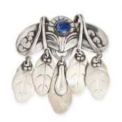 AN ANTIQUE LAPIS LAZULI BROOCH, GEORG JENSEN 1904-1908 in silver, design number 14, the body set
