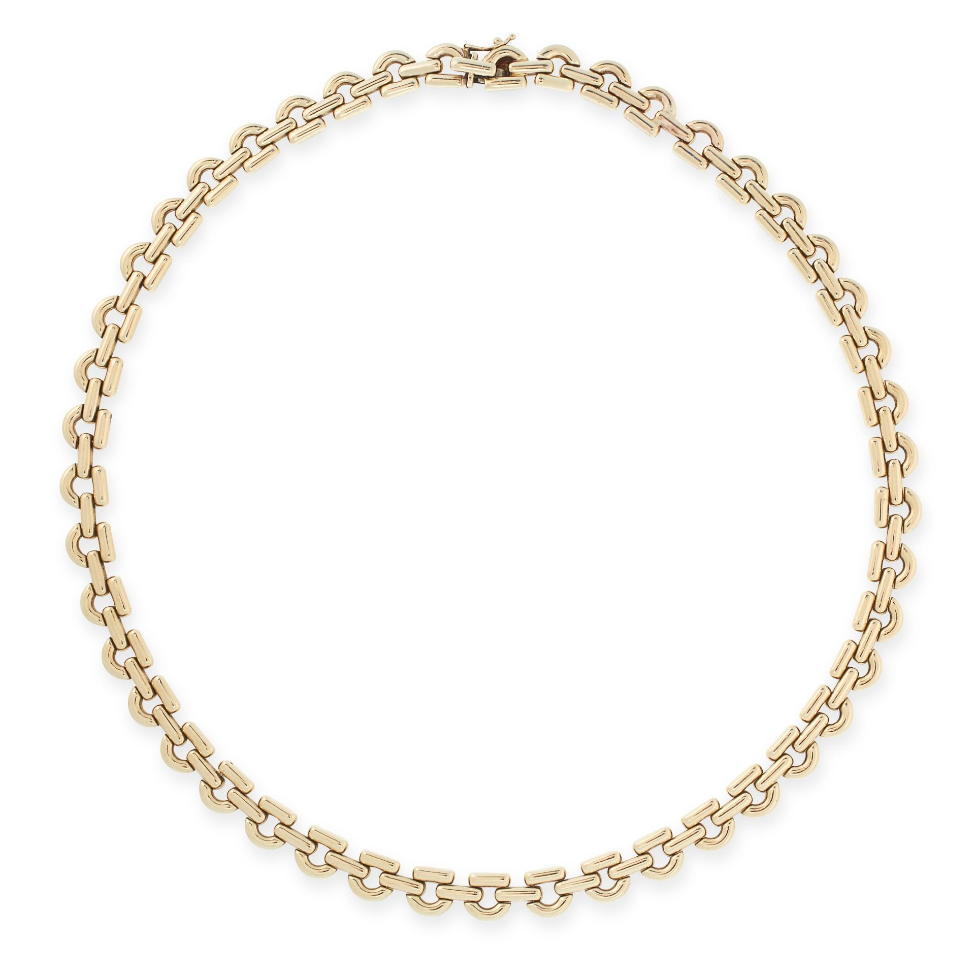 A GOLD COLLAR NECKLACE, CHIAMPESAN in 9ct yellow gold, formed of fancy D shaped links, stamped