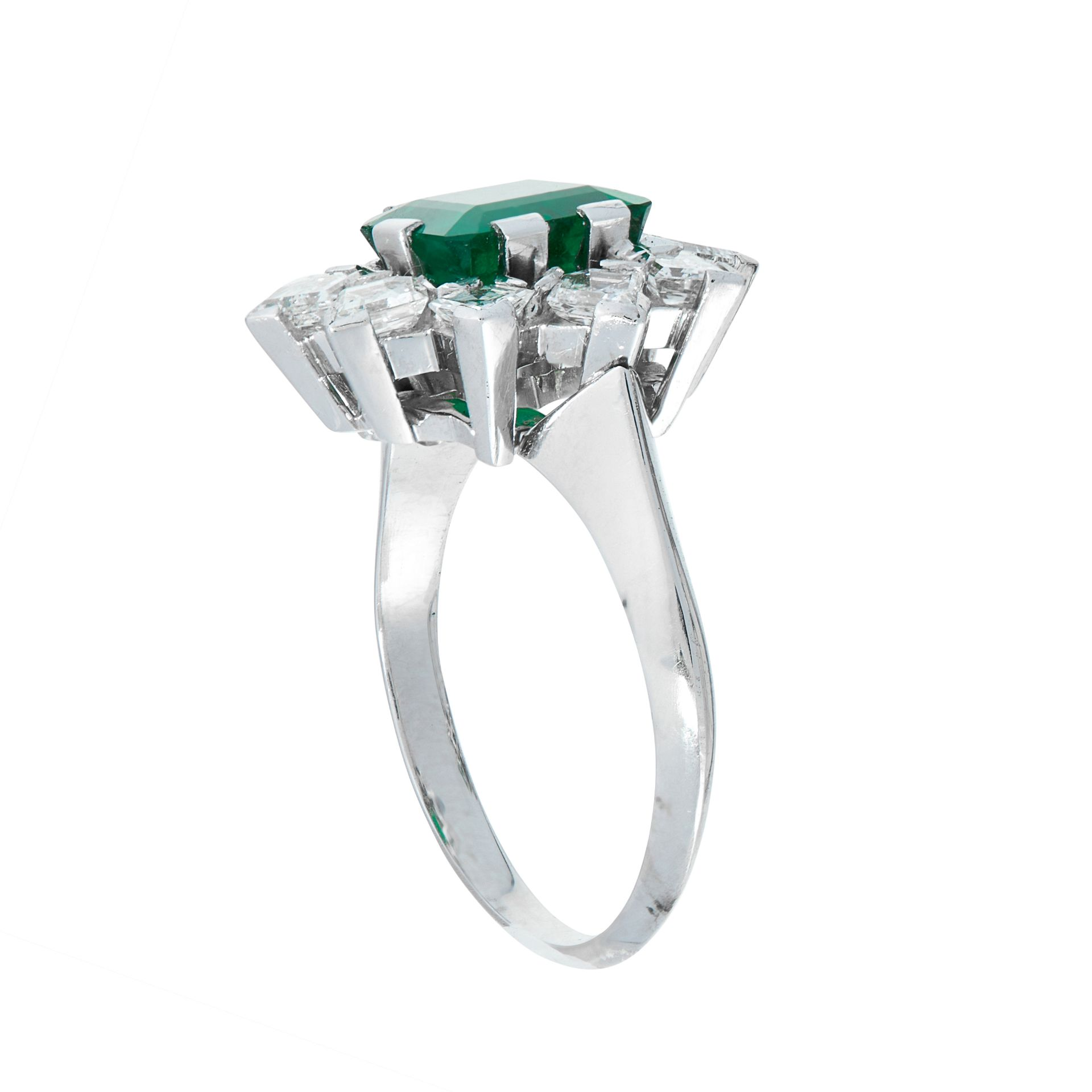 AN EMERALD AND DIAMOND DRESS RING in 18ct white gold, set with an emerald cut emerald of 1.64 - Image 2 of 2
