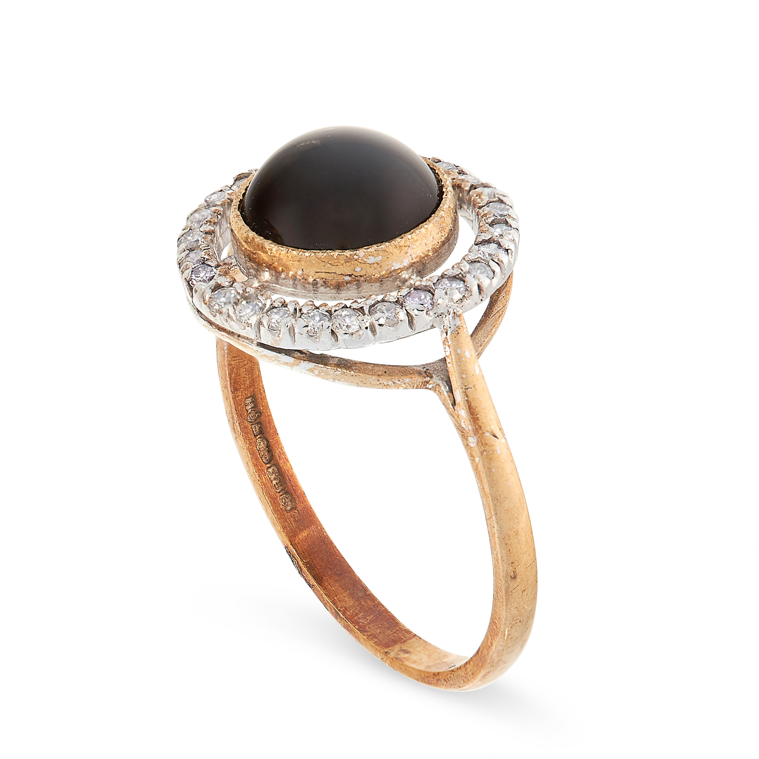 ONYX AND DIAMOND RING in yellow gold, comprising of a central polished onyx cabochon in a border - Image 2 of 2