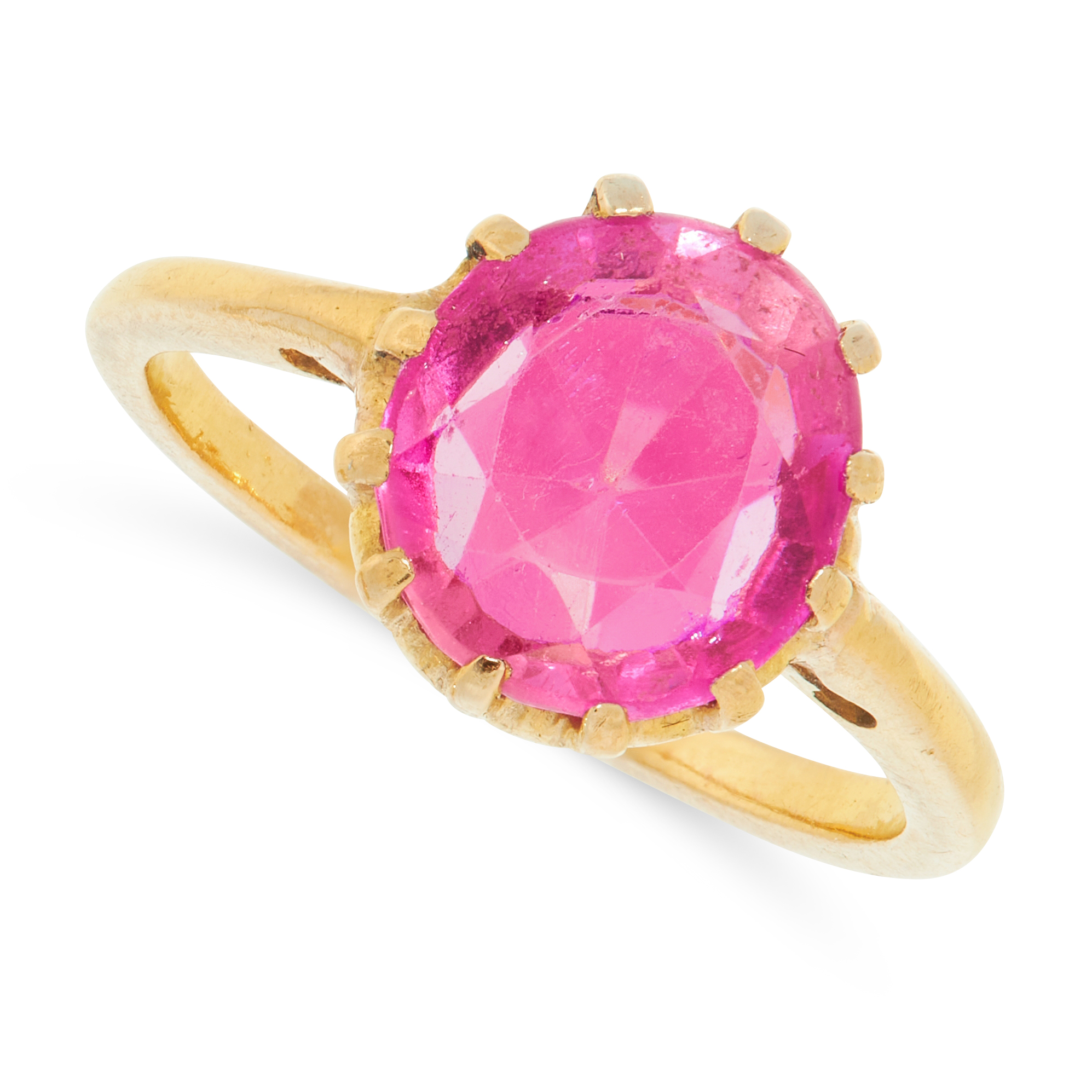 SYNTHETIC RUBY RING in yellow gold, comprising of a claw set synthetic ruby of 2.75 carats,