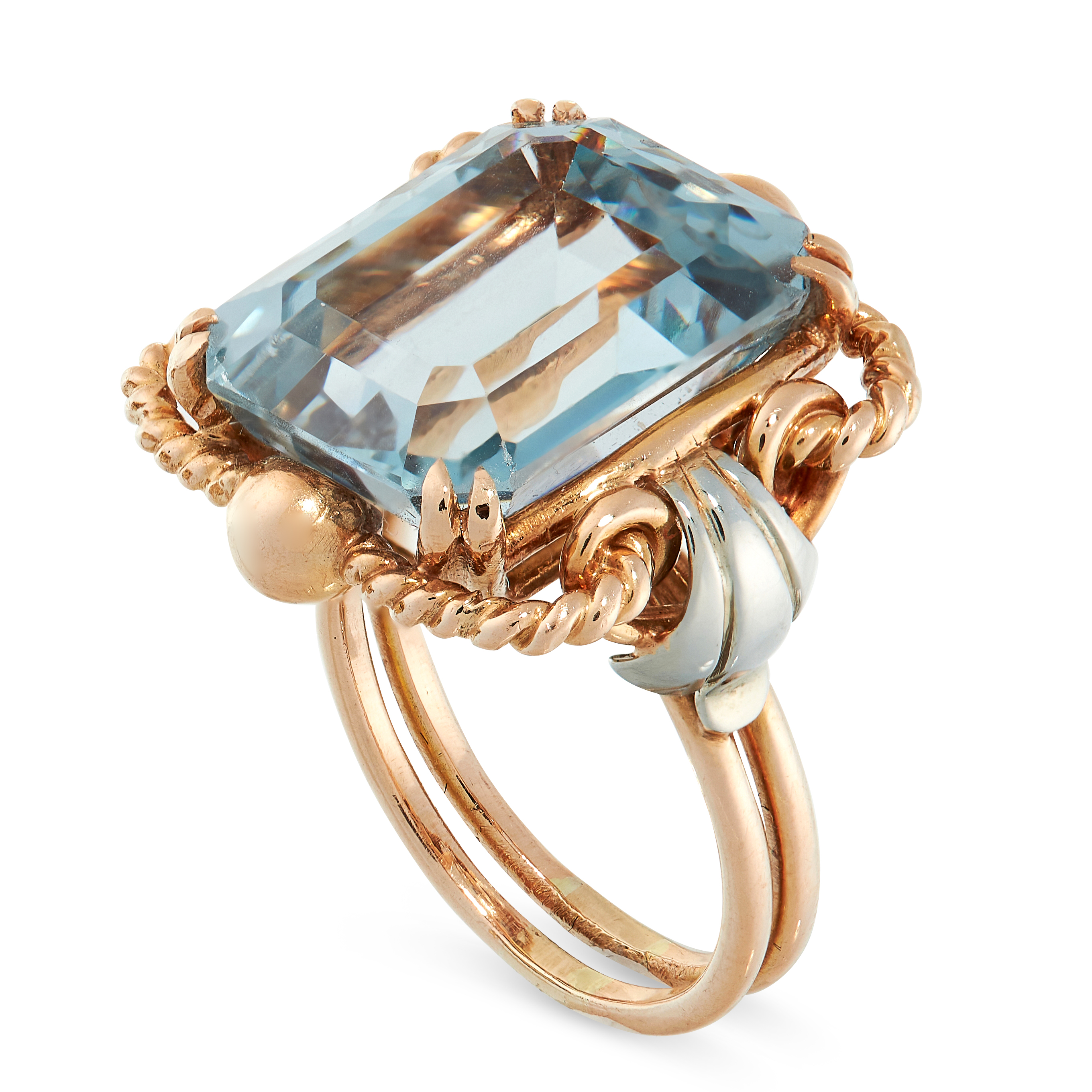 RETRO BLUE GEMSTONE RING comprising of an emerald cut blue gemstones of 13.62 carats in two-tone - Image 2 of 2