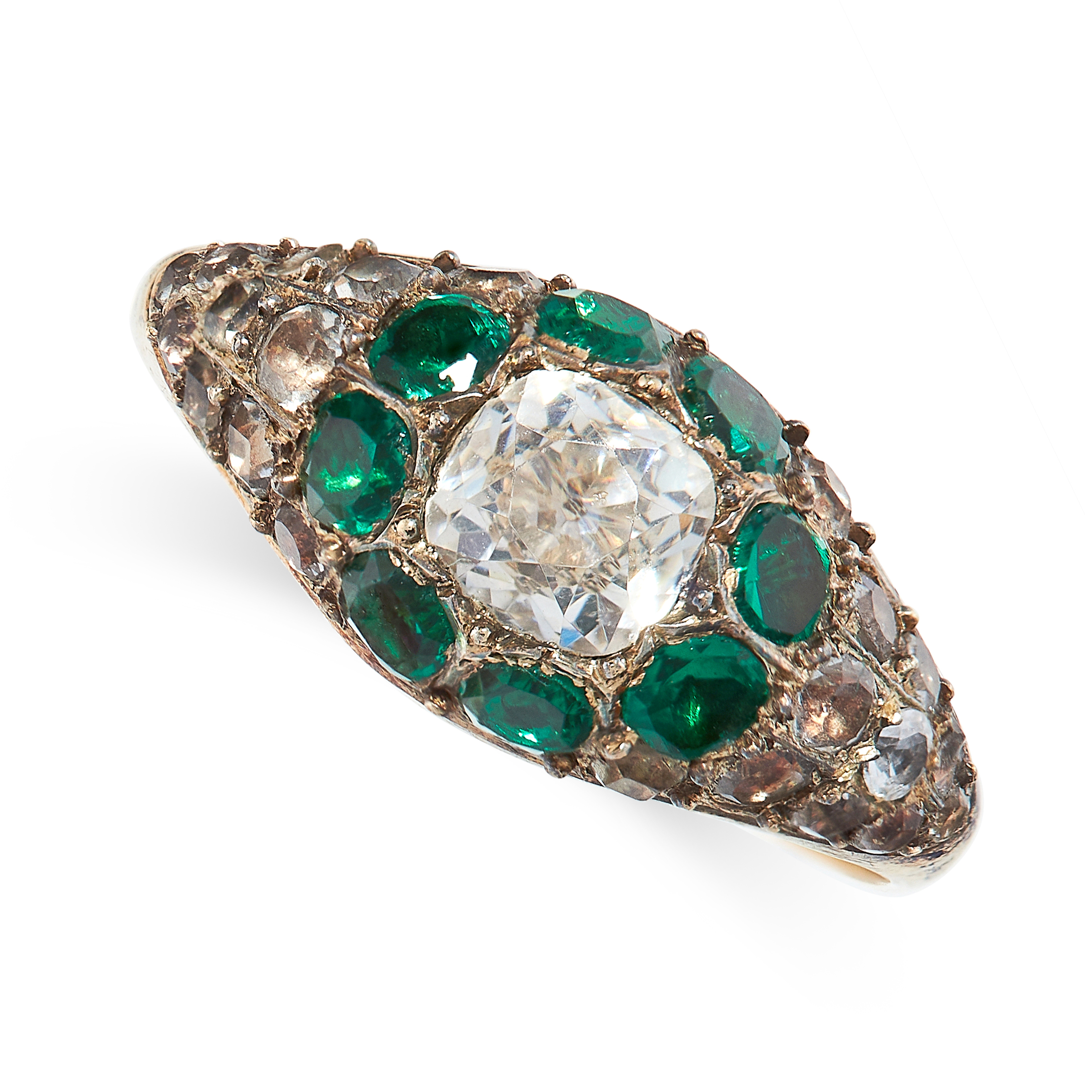 ANTIQUE PASTE RING comprising of a central cushion cut white gemstone in a border of round cut green