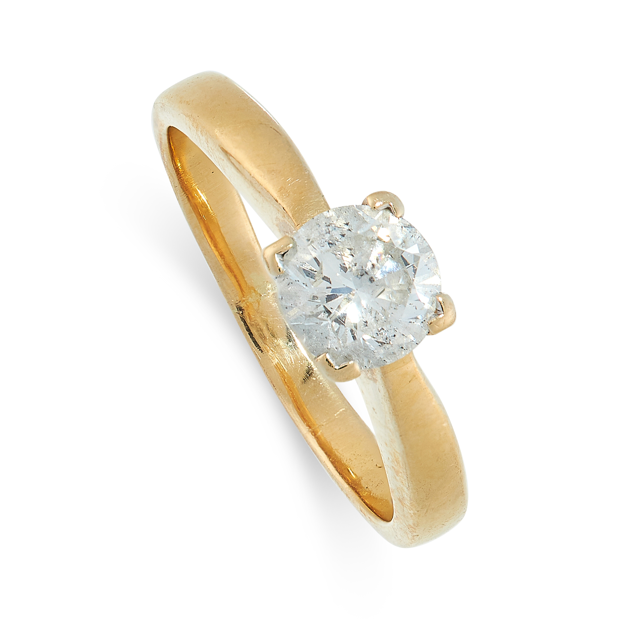 DIAMOND SOLITAIRE RING in 18ct yellow gold, set with a round cut diamond of 0.85 carats, British