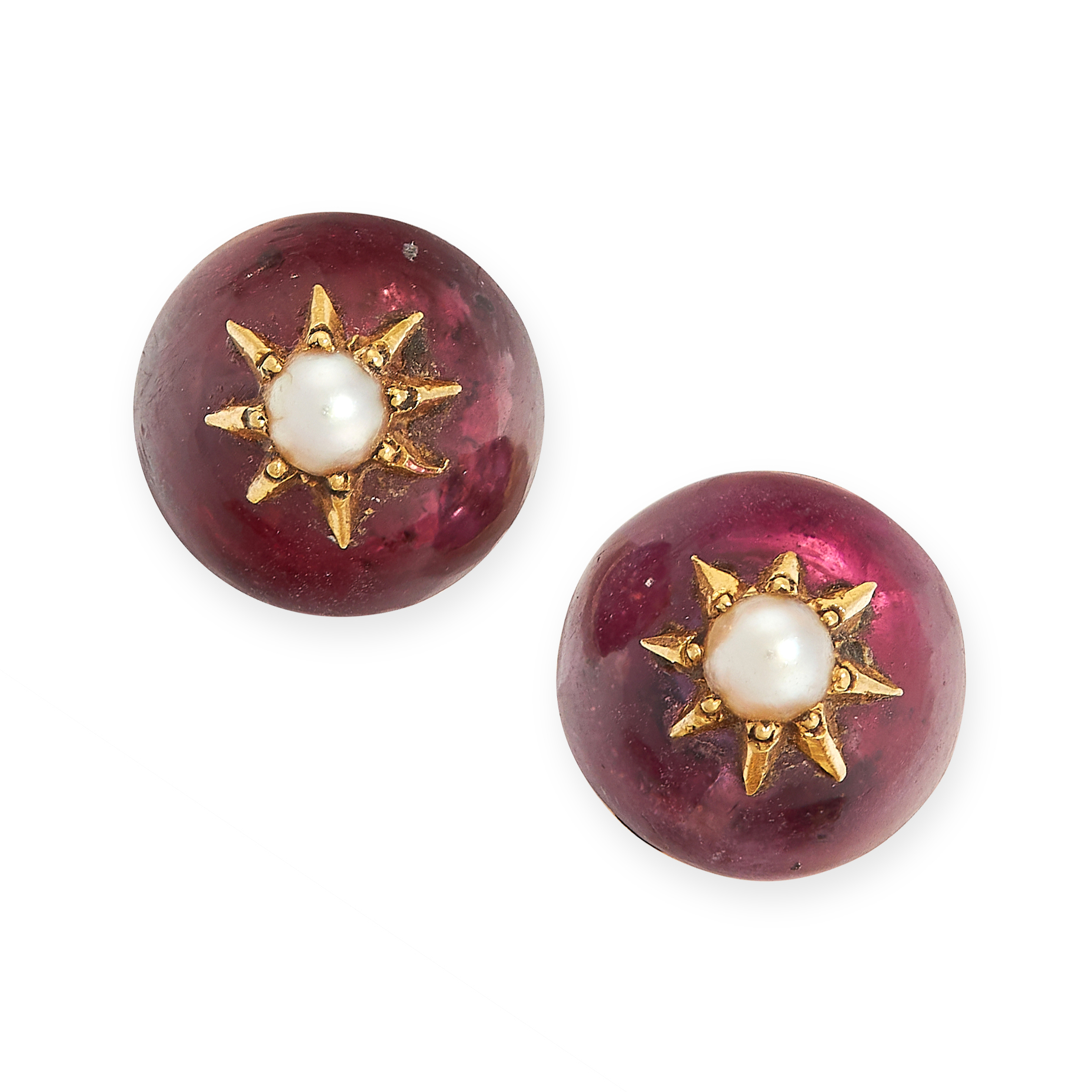 ANTIQUE FOILED AMETHYST AND PEARL STUD EARRINGS in yellow gold, comprising of a seed pearl in star