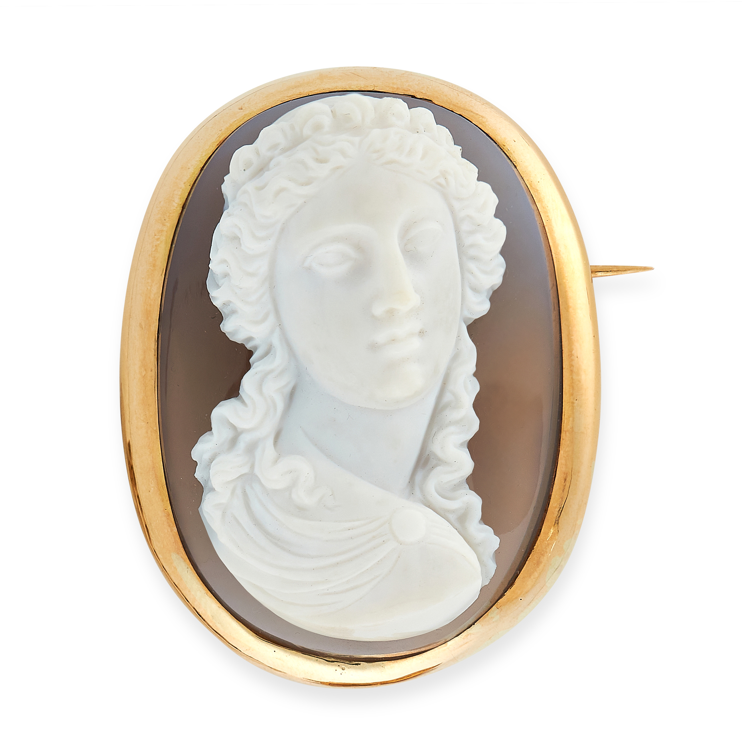 ANTIQUE AGATE CAMEO BROOCH in yellow gold, set with a carved bust of a Grecian lady in gold