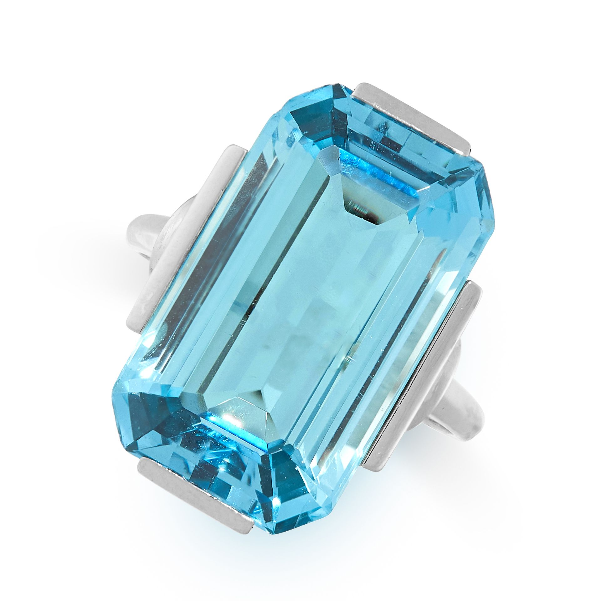 A FINE AQUAMARINE DRESS RING in 14ct white gold, set with an emerald cut aquamarine of 15.23 carats,