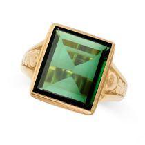 A GREEN TOURMALINE SEAL / SIGNET RING in 18ct yellow gold, the rectangular face set with a step
