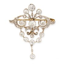 AN ANTIQUE DIAMOND BROOCH, EARLY 20TH CENTURY in yellow gold, the scrolling body set with old cut