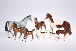 Beswick horse, Beswick foal, two Beswick hounds, etc (8)