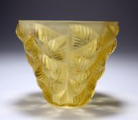 RENÉ LALIQUE (FRENCH, 1860-1945) A 'MOSAIC' VASE, DESIGNED IN 1927