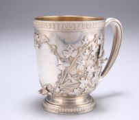 TIFFANY & CO, AN AMERICAN AESTHETIC MOVEMENT STERLING SILVER MUG