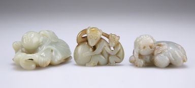 A GROUP OF THREE CHINESE JADE CARVINGS