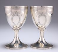 A PAIR OF GEORGE III STYLE SILVER GOBLETS
