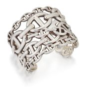 HERMES: A CHAINE D'ANCRE ENCHAINEE CUFF BANGLE