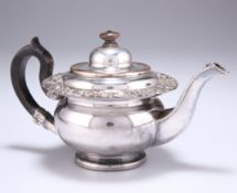 A SMALL OLD SHEFFIELD PLATE TEAPOT