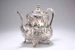 A LARGE 19TH CENTURY SILVER TEAPOT