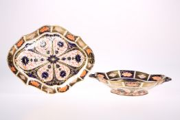 A ROYAL CROWN DERBY IMARI PATTERN TWO HANDLED QUATREFOIL SHALLOW FOOTED BOWL