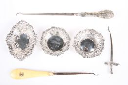 ASSORTED SILVER ITEMS