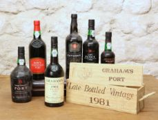 5 BOTTLES PLUS 1 HALF BOTTLE MIXED LOT OF FINE PORT TO INCLUDE 40TH ANNIVERSARY LATE BOTTLED VINTAGE