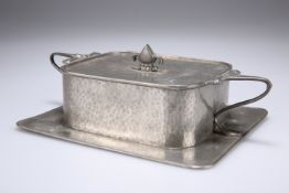 AN ART NOUVEAU PEWTER BUTTER DISH BY CONNELL