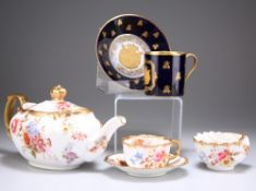 AN EARLY 19TH CENTURY 'SEVRES' PORCELAIN COFFEE CAN AND SAUCER