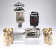 A PAIR OF LIMEHOUSE LAMP CO. BRASS CARRIAGE LAMPS AND THREE VARIOUS BLACK PAINTED EXAMPLES (5)